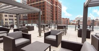 匹兹堡市中心德鲁里广场酒店 - 匹兹堡 - 露台