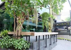 素坤逸16号阿斯皮拉安多拉酒店 - 曼谷 - 户外景观