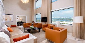 迈阿密洲际酒店 - 迈阿密 - 客厅