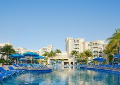 巴塞罗坎昆柯斯达酒店 - 坎昆 - 游泳池
