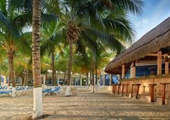 巴塞罗坎昆柯斯达酒店 - 坎昆 - 海滩