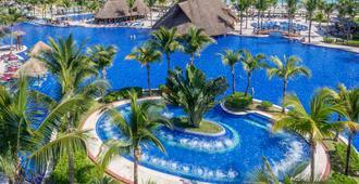 巴塞罗玛雅皇宫酒店 - 式 - 西普哈 - 游泳池
