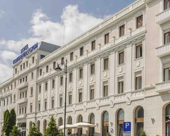 大陆酒店 - 锡比乌 - 建筑