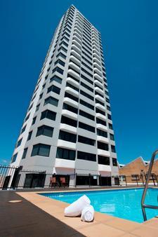 雷吉斯公园北码头酒店 - 布里斯班 - 建筑