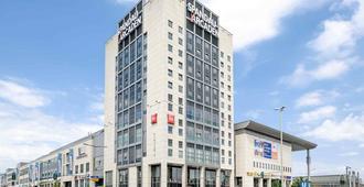 宜必思柏林斯潘道酒店 - 柏林 - 建筑