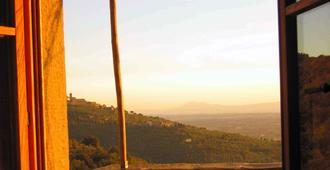 罗坎达圣马蒂诺波塞纳住宿加早餐旅馆 - 哥尔顿 - 户外景观
