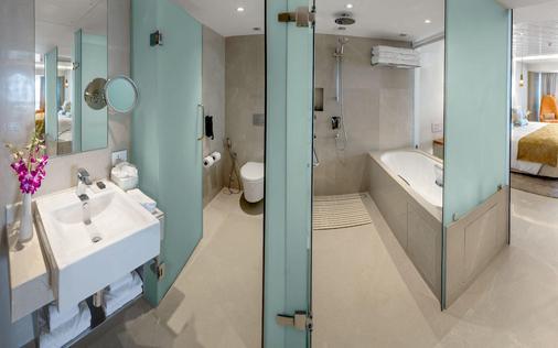 孟买泰姬陵塔酒店 - 孟买 - 浴室