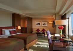 香格里拉台南远东国际大饭店 - 台南 - 睡房