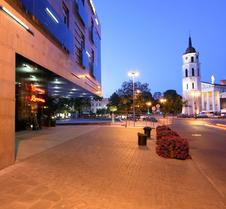 维尔纽斯艾伯顿大教堂广场酒店