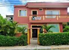 特利托宾馆 - Puerto Baquerizo Moreno - 建筑