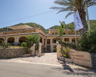 坎那米丽度假酒店 - 特罗佩阿 - 建筑