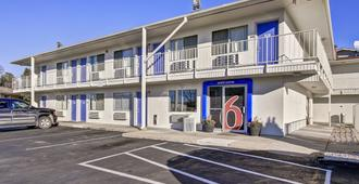 绿湾6号汽车旅馆 - 绿湾 - 建筑