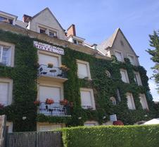 安妮布莱塔涅酒店