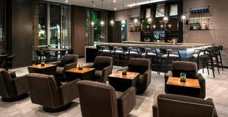 波士顿克利夫兰圈万豪ac酒店 - 波士顿 - 酒吧