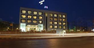 麦特波乐酒店 - 艾哈迈达巴德