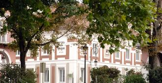 布尔斯西佳酒店 - 米卢斯 - 建筑