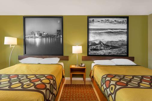 弗吉尼亚海滩海滨速8酒店 - 弗吉尼亚海滩 - 睡房