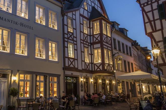 钟声浪漫酒店 - 特里尔 - 建筑