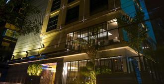 贝斯特韦斯特枫叶酒店 - 达卡