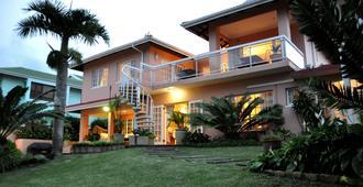 金斯顿之家旅馆 - 乌姆兰加