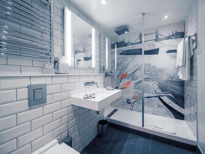 伦敦桥美居酒店 - 伦敦 - 浴室