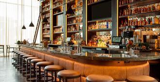 密尔沃基威斯汀酒店 - 密尔沃基 - 酒吧