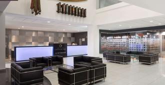 温德姆利马机场太阳海岸酒店 - 利马 - 大厅
