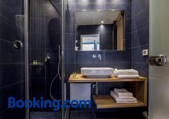 圣特里尼酒店 - 卡马利 - 浴室