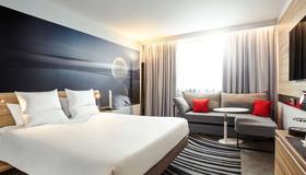伦敦滑铁卢诺富特酒店 - 伦敦 - 睡房