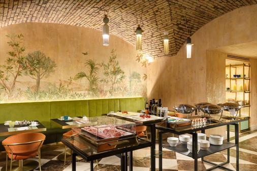 罗马里昂宫酒店 - 罗马 - 自助餐