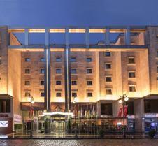 特拉布宗佐卢大酒店