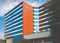 维万塔海得拉巴贝岗姆佩特酒店 - 海得拉巴 - 建筑