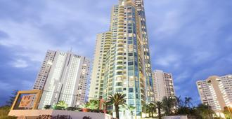 曼特拉太阳城酒店 - 冲浪者天堂 - 建筑