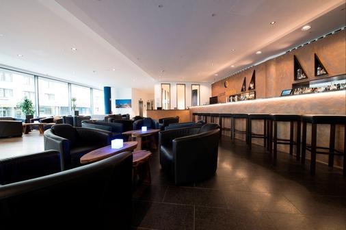 杜塞尔多夫克拉特城市酒店 - 杜塞尔多夫 - 酒吧