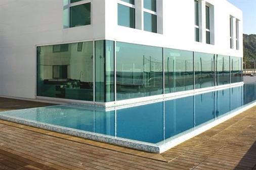 亚历山大博物馆宫酒店 - 佩萨罗 - 游泳池