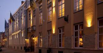 布鲁日卡塞尔贝格大酒店 - 布鲁日 - 建筑