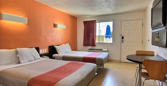 德克萨斯奥斯汀 6 号汽车旅馆 - 奥斯汀 - 睡房