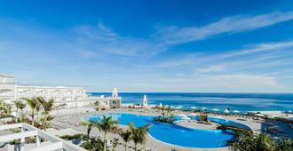 皇家棕榈度假村及水疗中心 - 仅供成人入住 - 莫罗德哈布雷 - 游泳池