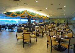 卡拉干酒店 - 亚庇 - 餐馆
