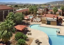 温德姆酒店和水上公园-埃尔帕索机场 - 埃尔帕索 - 游泳池