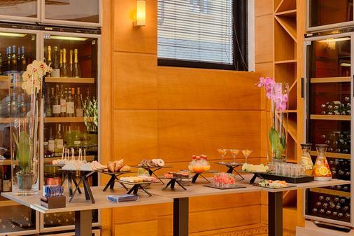 米兰马基雅维利nh酒店 - 米兰 - 自助餐