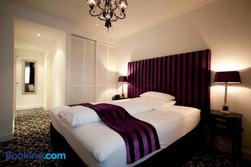 亚历山大酒店 - 杜塞尔多夫 - 睡房