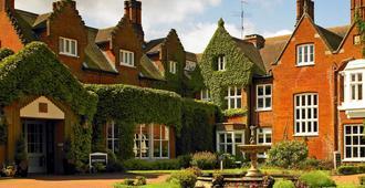 斯普鲁顿庄园酒店及高尔夫乡村俱乐部 - 诺里奇