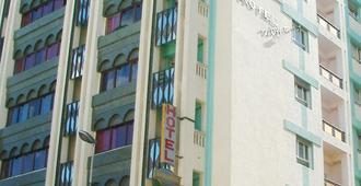 尼查公寓酒店 - 丹吉尔