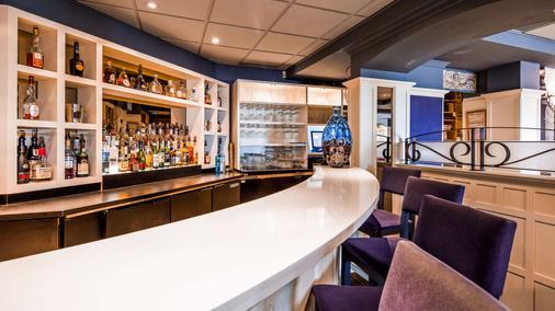 贝斯特韦斯特普雷米尔贵族酒店 - 魁北克市 - 酒吧