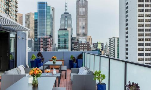 墨尔本辉盛坊国际公寓 - 墨尔本 - 阳台