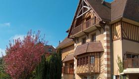 罗曼迪卡酒店 - 翁弗勒尔 - 建筑