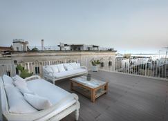 帕尔米耶法院酒店与克欧斯托住宅 - 加利波利 - 阳台