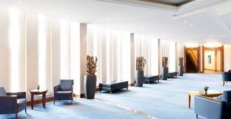 诺富特弗赖堡音乐厅酒店 - 弗莱堡 - 大厅