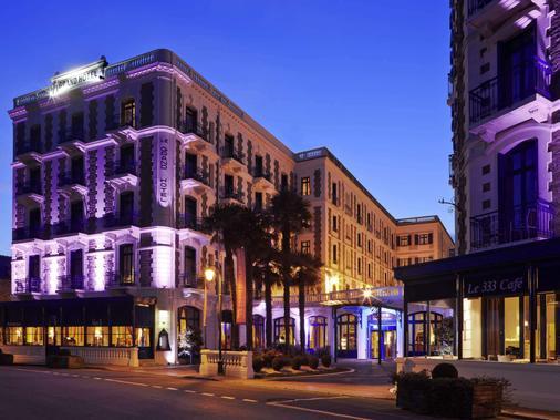 巴里尔迪纳尔酒店 - 迪纳尔 - 建筑